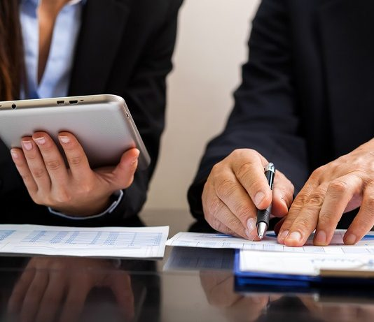 Accounting - individuals using technology at work